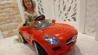 ELİFİN YENİ SPOR KIRMIZI MERCEDES'İ , eğlenceli çocuk videosu, toys unboxing, yeni araba