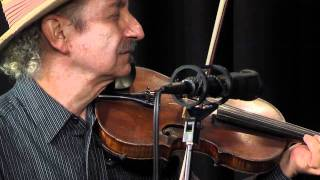 "Folk Alley Sessions: Jay Ungar & Molly Mason Family Band, ""Dinah/Leather Britches/June Apple"""