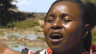 msalaba wa yesu (at the cross)