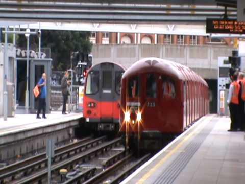 london underground's 1938 stock train on the jubilee line 05/08/2009