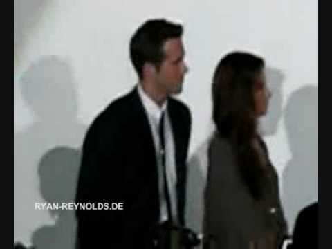 "29 June 2009 - ""The Proposal"" Germany Premiere - Anne Fletcher singing Mp3"