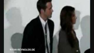 "29 June 2009 - ""The Proposal"" Germany Premiere - Anne Fletcher Singing"