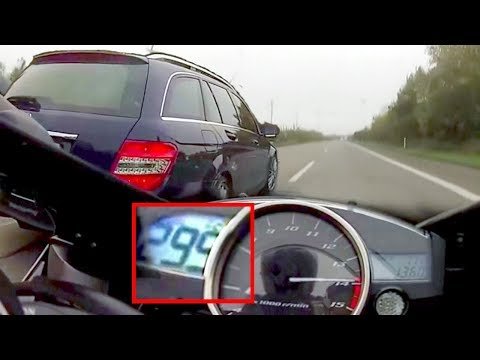 He raced his Yamaha YZF-R1 with a random FAMILY CAR — and its 300KPH MIND BLOWING !!! 😲