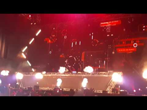 Smash The House İstanbul Dimitri Vegas & Like Mike - Ready For Action