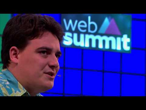 Bringing VR to the masses - Palmer Luckey & Laurie Segall