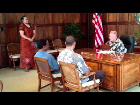 Mayor Of Honolulu proclaims Samoan Language Week 2012