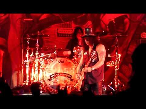 Slash – Anastasia (Arena Moscow, Moscow, Russia, 16.02.2013)