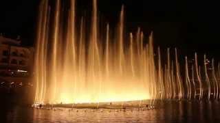 Amazing Dubai - Fountain show @Dubai Mall