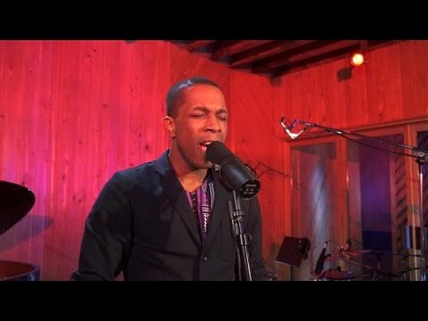 'Hamilton' Star Leslie Odom Jr. Performs a Blues Classic