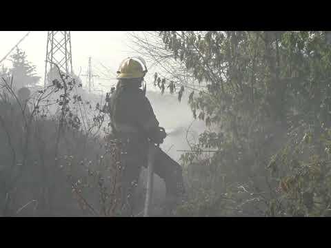 ГУ ДСНС України у Донецькій області: У Маріуполі вогнеборці ліквідували пожежу на відкритій території біля АЗС