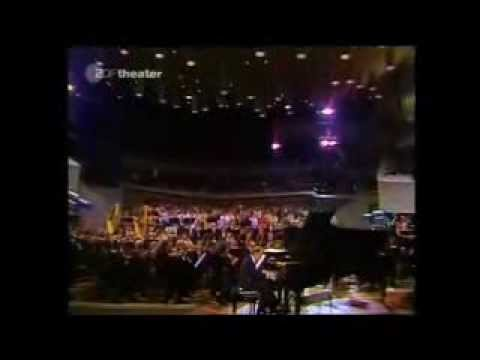 KRAINEV plays RACHMANINOV Concerto for Piano and Orchestra no. 2