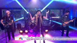 Video Avril Lavigne - Here's To Never Growing Up - Live Today Show 17.05.13 download MP3, 3GP, MP4, WEBM, AVI, FLV Juli 2018