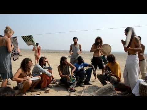 Maha Kumbh Mela 2013: Searching for the holy man. Part 1: Talks with Rainbow Warriors