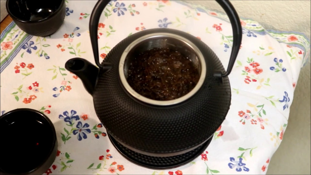Aunt Duddies Japanese Tea Pot ~ made in china...