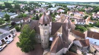 Arnay le Duc survolé par un drone