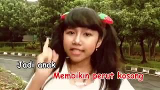 Abang Tukang Bakso   Daffa & Khalista feat Kak Nunuk