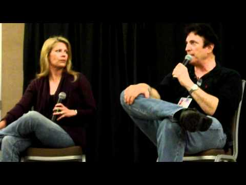 Richard Epcar and Mary Elizabeth McGlynn's Ghost In The Shell Q&A at Shuto Con 2012 Part 1