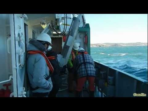 UCC Geography students (GG3007): taking Shipek grab sample on-board RV Celtic Voyager