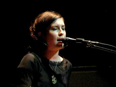 Missy Higgins - THEY WEREN'T THERE