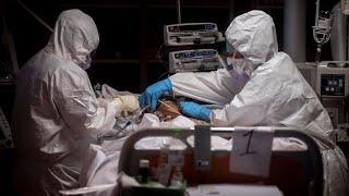 200,000 người có thể chết vì coronavirus tại Mỹ. Tâm sự của các linh mục Ý trước hàng dài quan tài