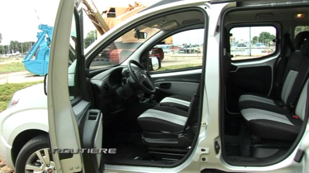 fiat qubo dynamic 1 4 test routi re pgm 152 youtube. Black Bedroom Furniture Sets. Home Design Ideas