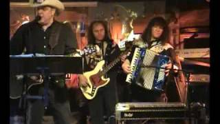 Wild Taco - She Never Spoke Spanish To Me (Texas Tornados)