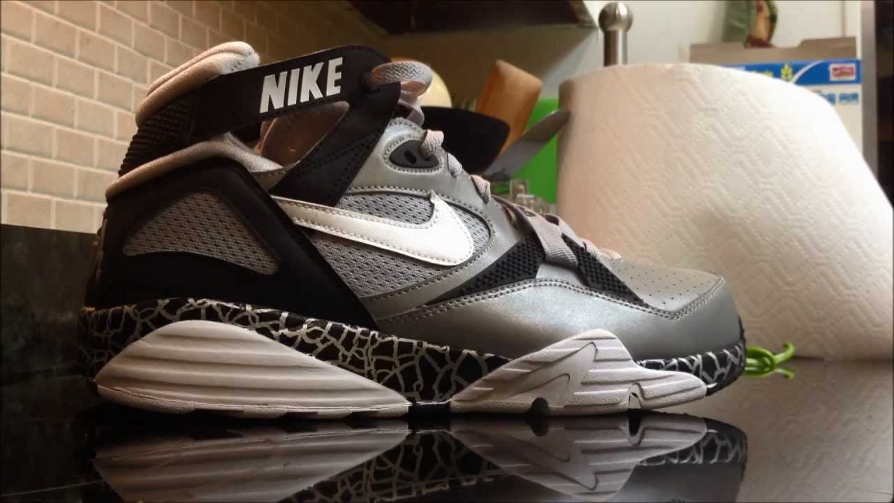 best website b0e49 1fc21 Nike Air Trainer Max  91 Bo Knows Sneaker Review - YouTube