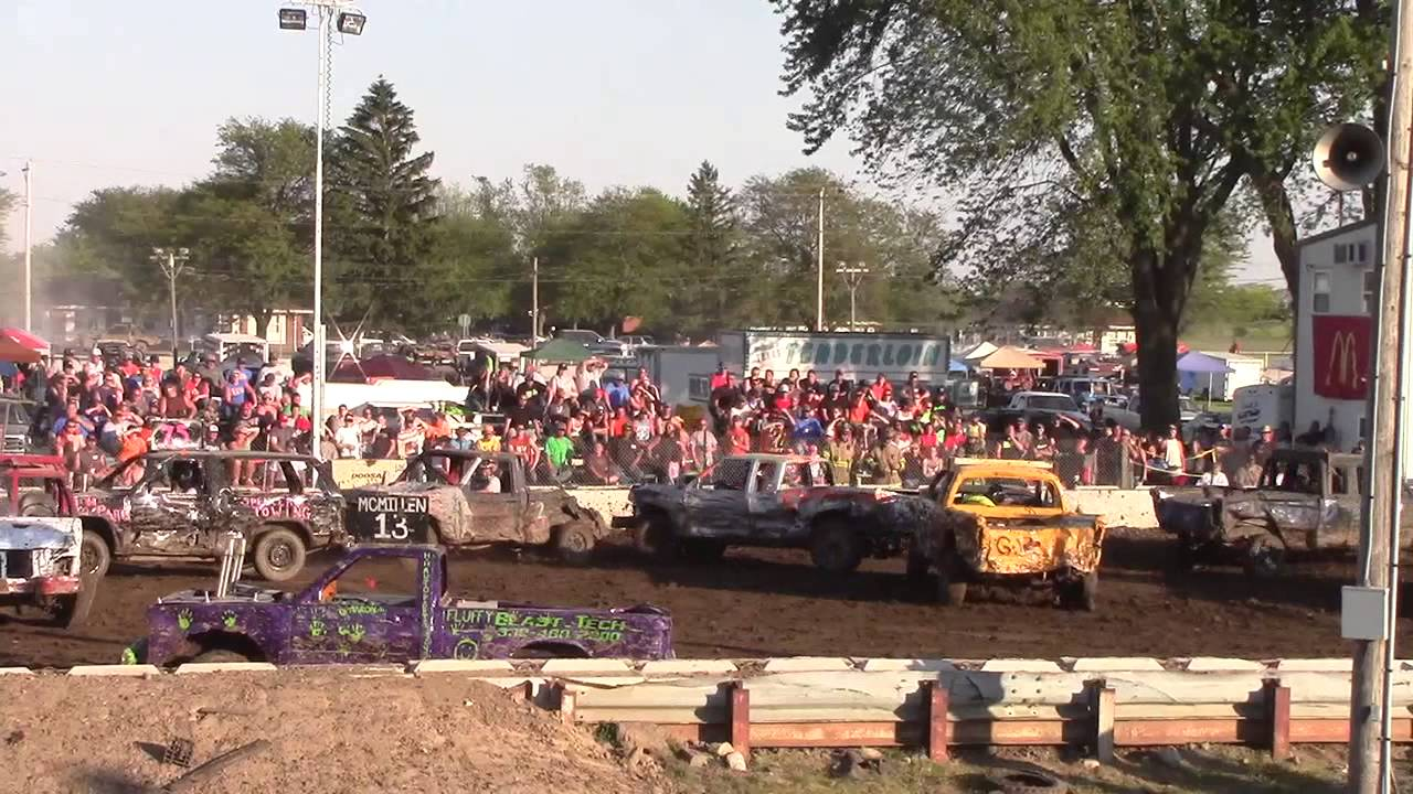 Bash 4 Cash 2014 Mini Trucks - YouTube