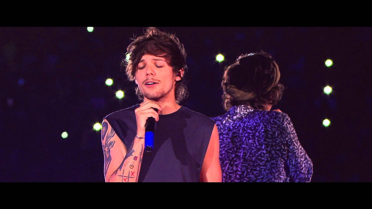 Where We Are: Live From San Siro Stadium DVD - Moments Performance - One Direction's 'Where We Are: Live From San Siro Stadium'