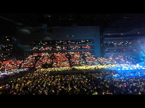 One Direction Little Things OTRA tour 0301 Rainbow Project