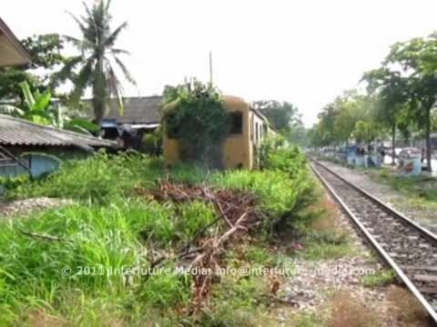 Train & Ferry: Wongwian Yai - Mahachai - Banlaem - Maeklong [29 April 2011]
