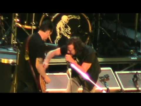 Pearl Jam - State of Love and Trust (New York '10) HD