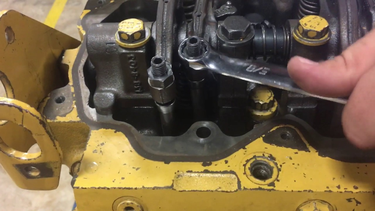 How to adjust valve lash on a Cat C7