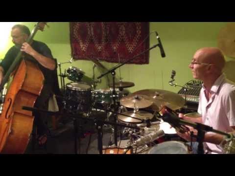Free Planet Radio - Hamza (live from the rehearsal room)
