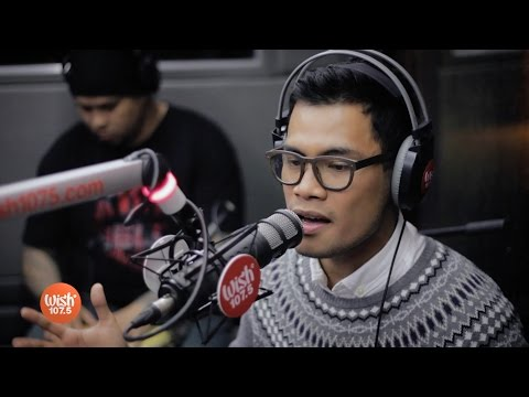 """Bugoy Drilon sings """"God Will Always Make A Way"""" LIVE on Wish 107.5 Bus"""