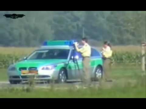 motorrad mit 300 km h polizei vobei...