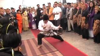 Seligi Tunggal Singapura- Aiz