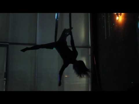 Addicted to a Memory - Zedd | Selkie Hom - Aerial Hammock Music Video de Erin Brown