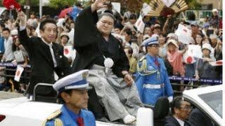 大相撲秋場所で初優勝を全勝で飾った大関・豪栄道(30)=境川=が1...