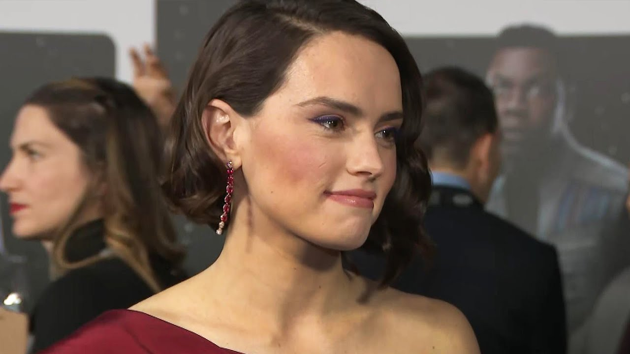 Daisy Ridley Cried When She Saw Star Wars The Rise Of Skywalker For The First Time Exclusive Youtube