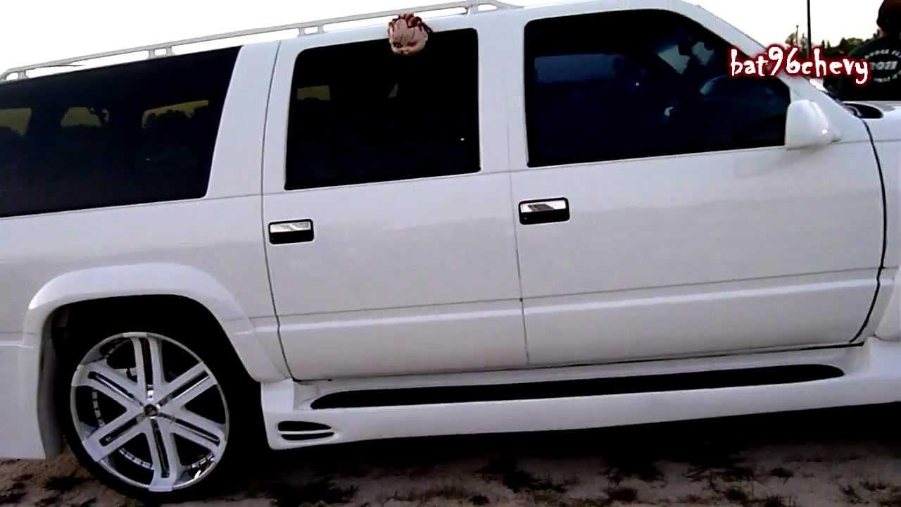 """Chevy Suburban on 26"""" TIS rims w/ Body Kit - HD - YouTube"""