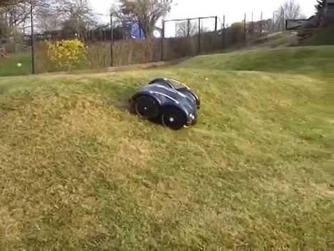 test rasenroboter automower solarhybrid siegt bei. Black Bedroom Furniture Sets. Home Design Ideas