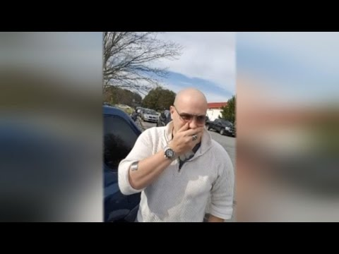 Heartwarming Moment A Man Sees Color for the First Time in Over 20 Years