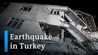 Earthquake hits eastern Turkey, killing 22 | DW News