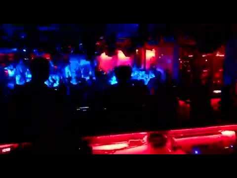 Dj Jonathan río sala Macao cierre fiesta sonido Nyx