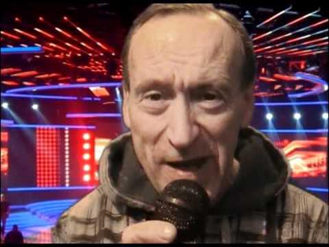 Stephen steele sings Girl happy karaoke !!