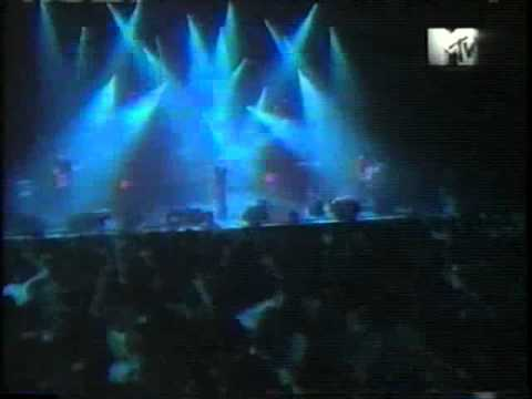 Radiohead-Bones-LiveHammersteinBallroomNY97