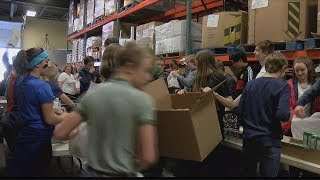 Students helping out the Missoula Food Bank