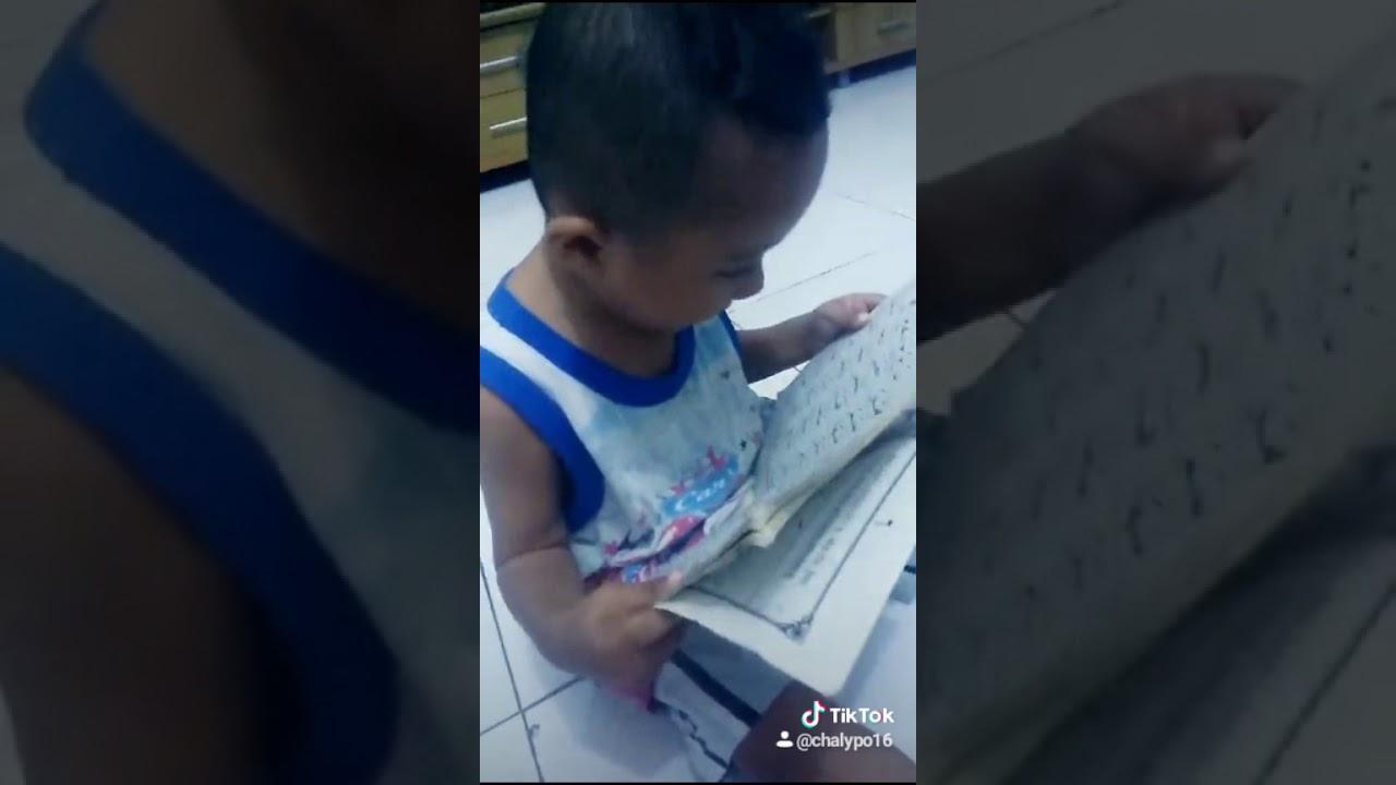mengaji anak usia 2thn.kakak Arsa dulu.. hehehe 2018.05.25