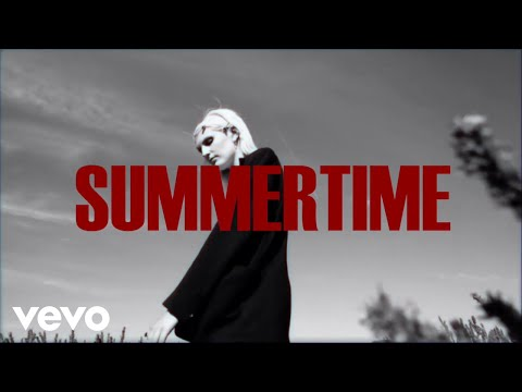 LUCIA - Summertime Mp3